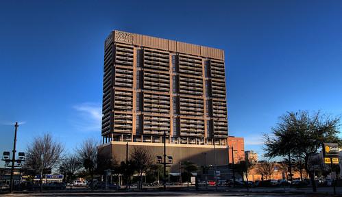 Houston House Apartments Reviews