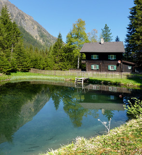 The beautiful Christlhaus and freshwater trout | by B℮n