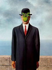 Son of Man (Magritte) | by Williamo!