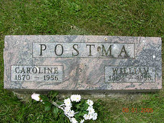 Grave of William and Caroline Postma | by yhoitink