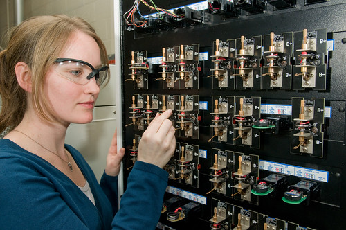 Argonne advanced battery research driving to displace gasoline | by Argonne National Laboratory