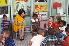 Photograph of Lady Bird Johnson Visiting a Classroom for Project Head Start, 03/19/1966 | by The U.S. National Archives