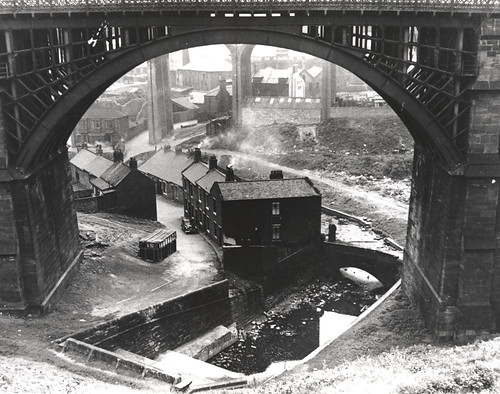054107:Ouseburn Viaduct Newcastle upon Tyne Unknown 1960