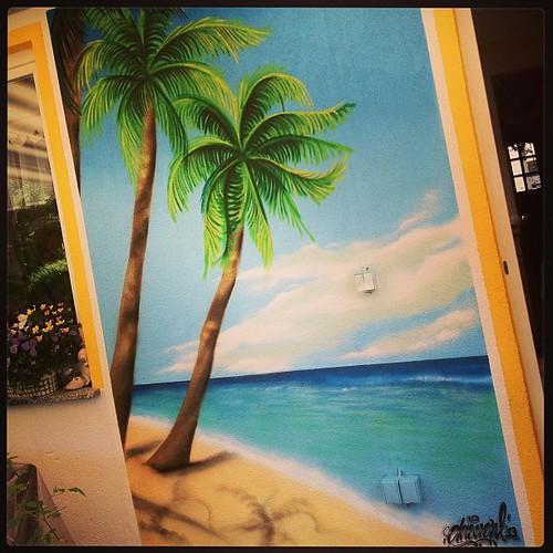 Graffiti wall hawaii beach graffiti art painting for Airbrush mural painting