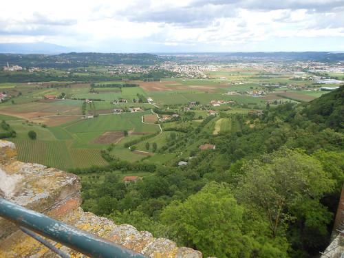 Vista dal Castello di Romeo, Montecchio. Maggio 2013.