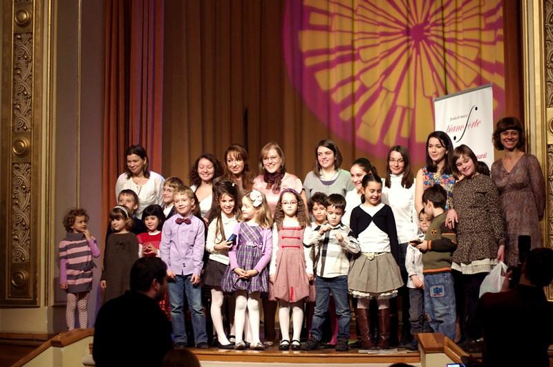 """""""Povesti muzicale la pian pentru oameni mici si mari"""" ed. a 7-a, 10 decembrie 2011"""