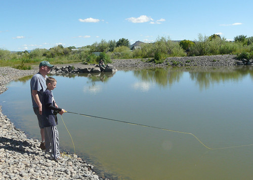 Father son fishing prineville pond odfw flickr photo for Oregon free fishing
