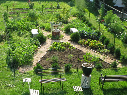 Overhead view of the potager The potager seen from the