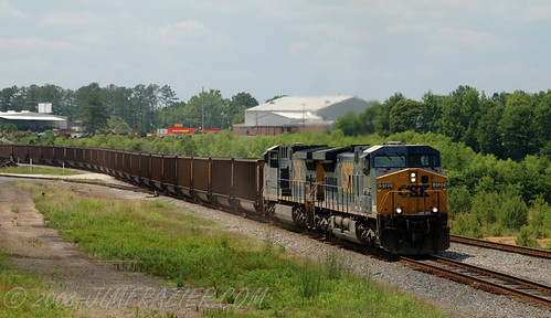CSX 5120 pulls into Manchester | by Jim Frazier