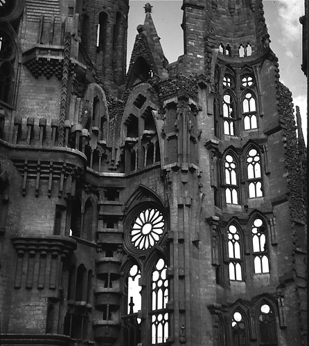 Sagrada Familia, Barcelona -- Antonio Gaudi, architect | by Ed Brodzinsky