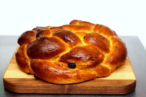 round challah | by smitten kitchen