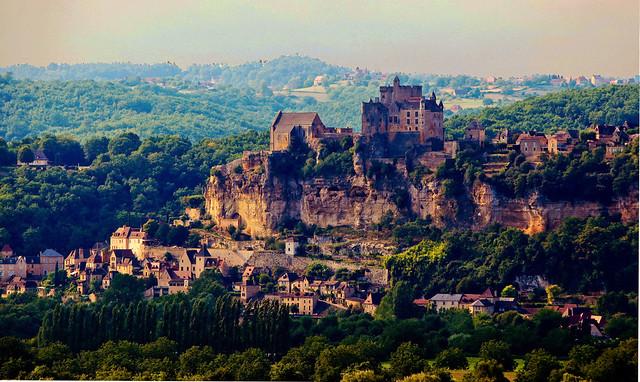 chateau de Beynac (Dordogne)