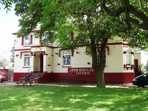 Farmhouse Tavern Dagenham RM7 This is in Eastbrookend Co…