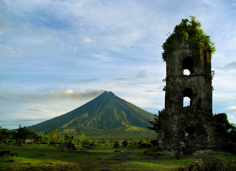 Mt. Mayon's Postcard Shot