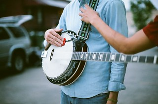 Rand Renfrow on the banjo | by arianaflorence