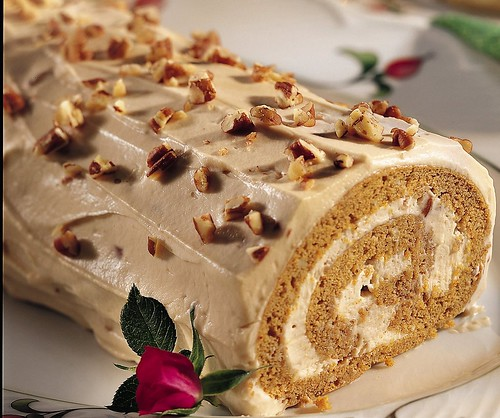 Spiced Pumpkin Praline Roll | by Betty Crocker Recipes