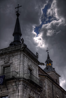 Tormentoso – Stormy, Plaza Mayor León HDR | by marcp_dmoz