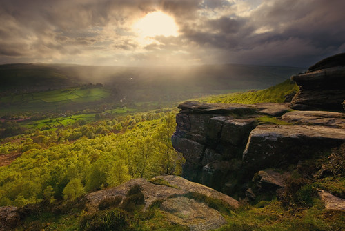 Light on Curbar Edge 2 | by andy_AHG