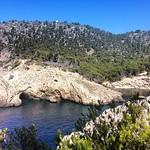 Cueva y calò des Monjo desde una nueva perspectiva, en todos los mapas tiene este nombre, S'Olla no es una cala #igersmallorca #unaarjoneraenmallorca #disfrutalaplaya #laplayeran1
