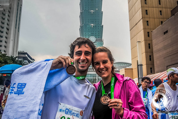 A-Cruising-Couple-Taipei-Marathon-Runners