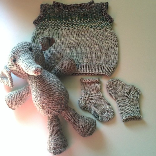 Baby Gift For Coworker : Baby gifts for coworker elephant by ysolda teague school