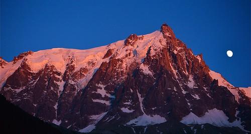 Photo montagne massif du mont blanc coucher de soleil au flickr - Heure de lever et coucher de la lune ...