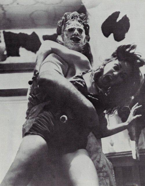 O Massacre da Serra Elétrica (1979) - Trashbook