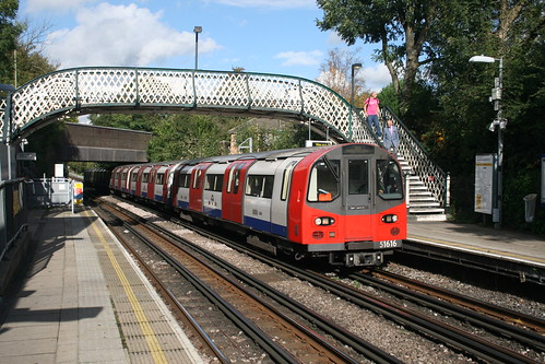 Northern Line Train - West Finchley Underground Station 11/10/2014