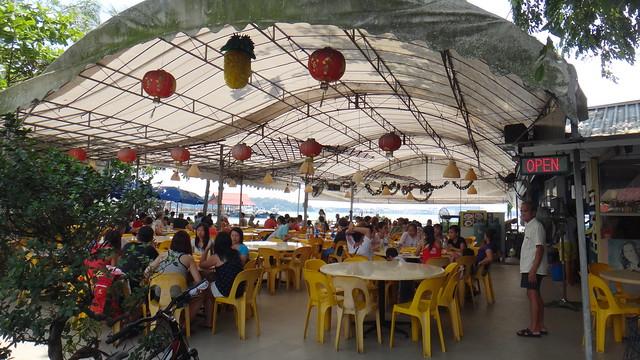 Makan at Pulau Ubin: Seafood restaurant