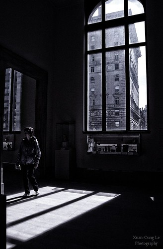 the window shadow in MET - NYC | by Le Xuan-Cung