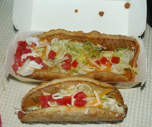 Taco Bell XXL Chalupa Original Chalupa Comparison | by theimpulsivebuy