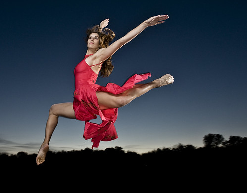 Dancer Stephanie Yezek | by strobist