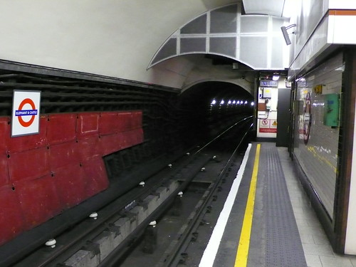 Elephant & Castle Underground station