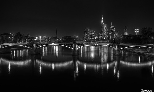Frankfurt am Main Osthafen, Skyline | by Rene Stannarius