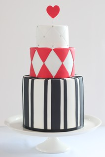 alice in wonderland wedding cake | by hello naomi