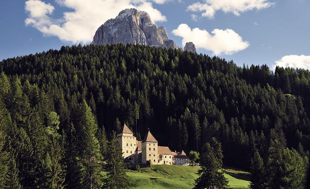 A castle somewhere in North-Italy (Conti di Wolkenstein)