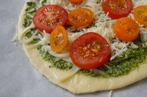 Bonus pizza: Pesto with tomatoes | by Patent and the Pantry