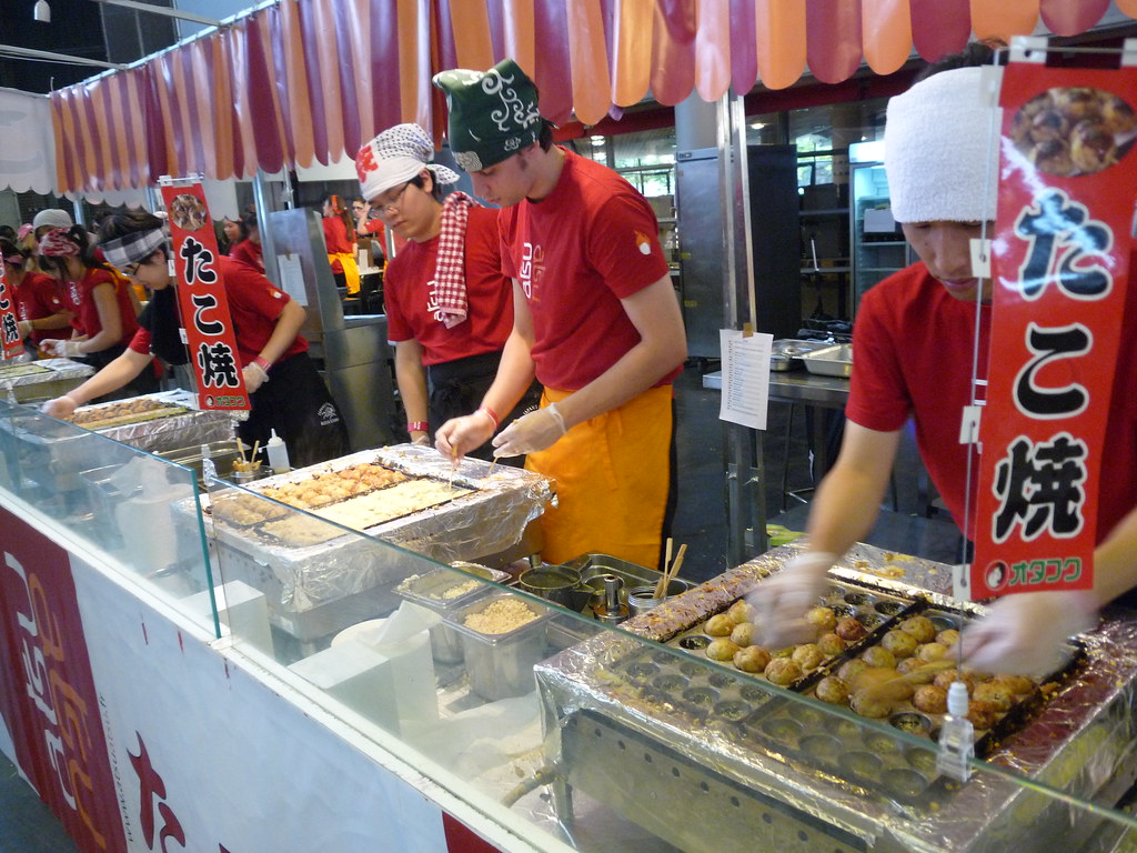 Tako-yaki makers