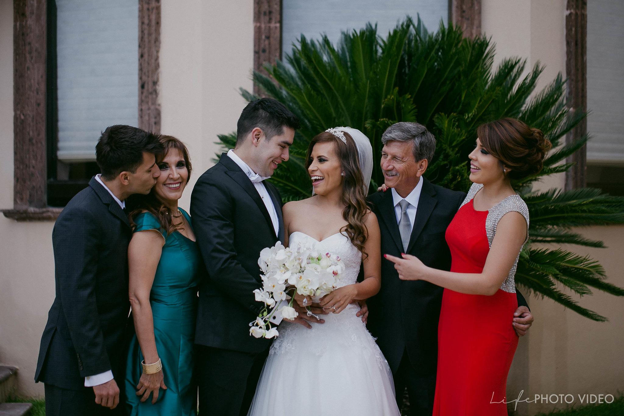 Boda_LeonGto_Wedding_LifePhotoVideo_0022.jpg