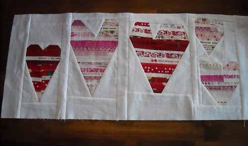 heart table runner | by vickivictoria