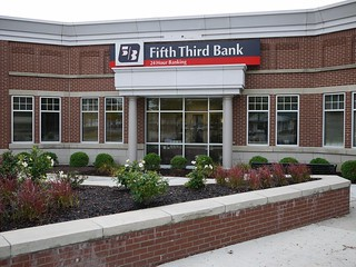 Fifth Third Bank - Flat Rock, MI | by wmrice