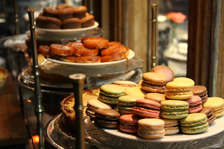 Macarons | by www.Paris-Sharing.com