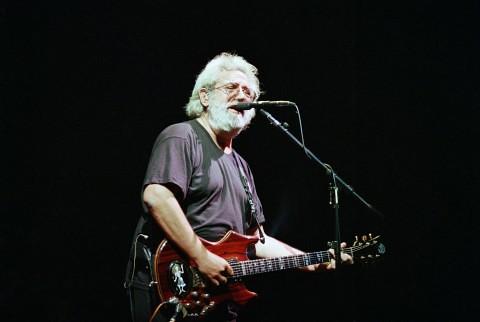 Jerry-Garcia-AP-1992-480x322