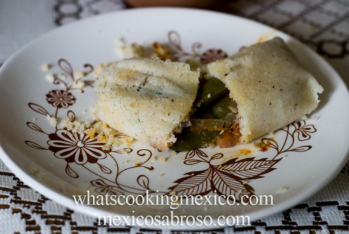 Rajas and quesillo tamal | by arimou0