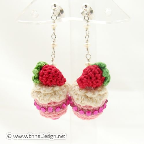 Mini Amigurumi Blog : Micro Mini Amigurumi Cake Earring Flickr - Photo Sharing!