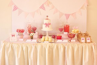 Pretty pink first birthday table | by Cake Ink. (Janelle)
