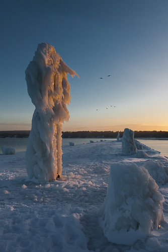 Ice monster | by ETCphoto