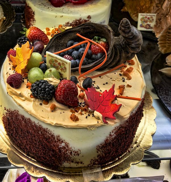 Porto's Bakery Thanksgiving cakes
