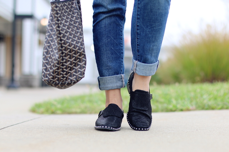 folded-jeans-goyard-tote-adrianna-papell-shoes-5