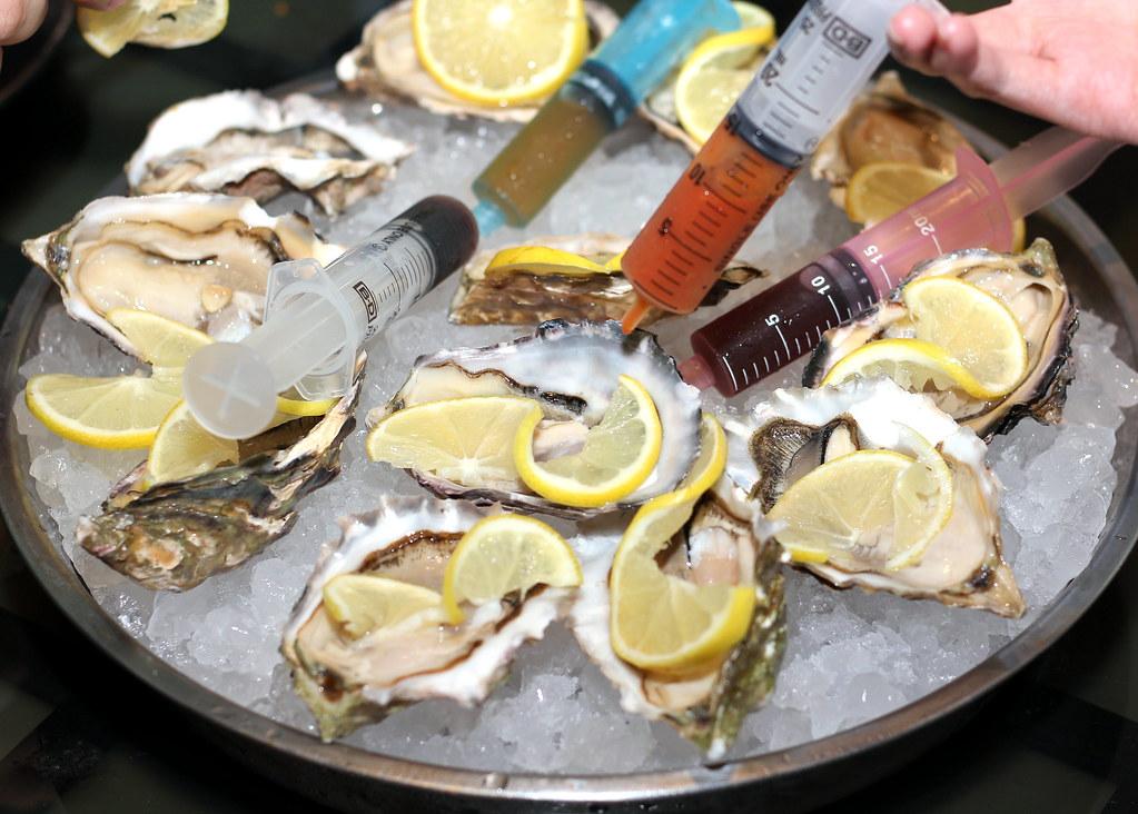 wah-kee-prawn-mee-oysters